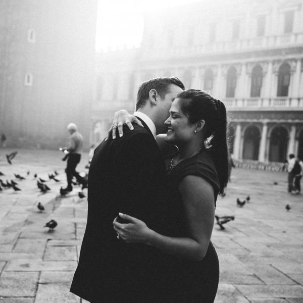 A Few Reasons Why You Should Travel to Venice in Winter season and Make your very romantic photo session