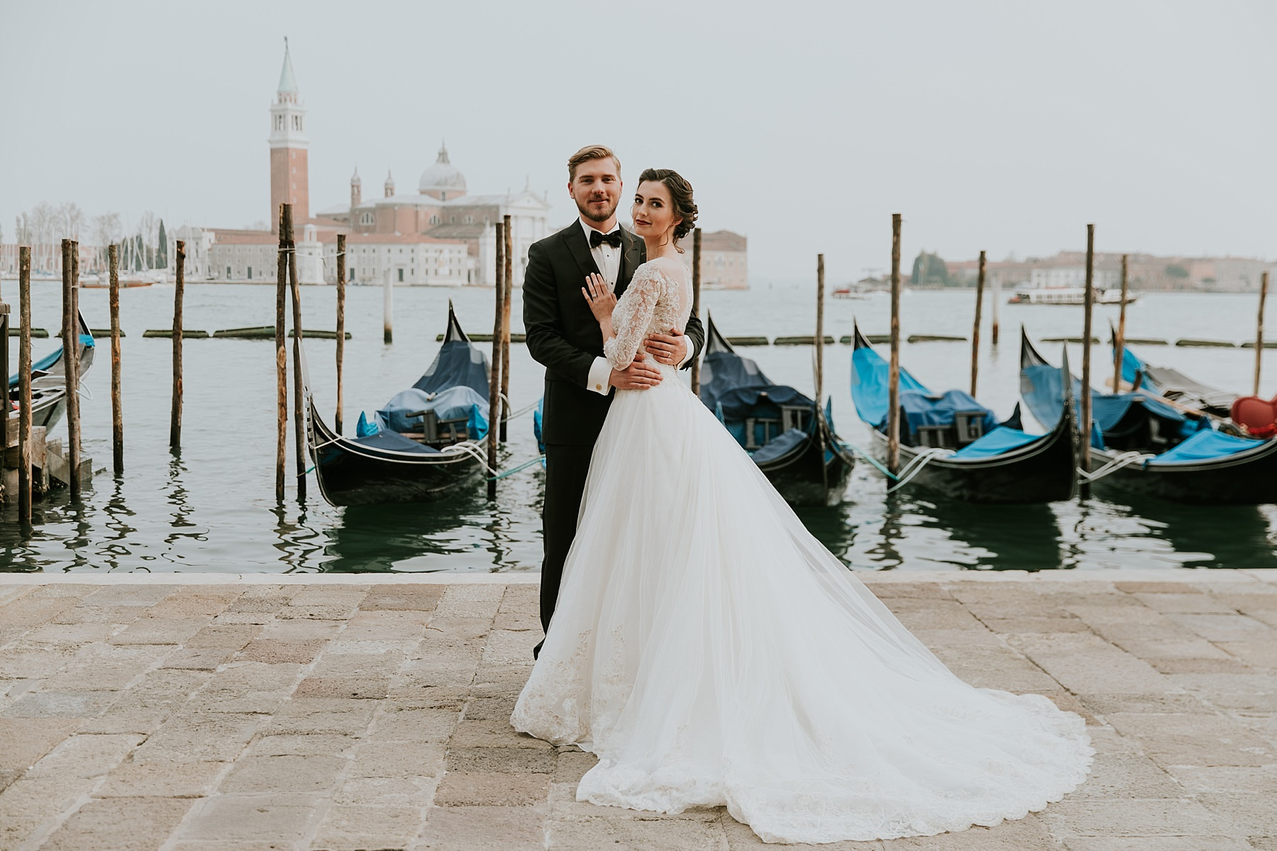 WEDDING HONEYMOON STYLED SHOOT IN VENICE